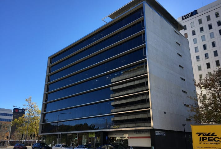 Unit 8, Level 2, 28 University Avenue, City, ACT 2601
