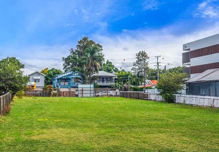 11 Byron St Bulimba QLD 4171 - Image 15