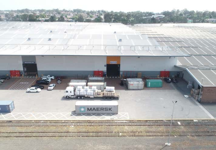 CENTRAL LOCATION WITH DIRECT FREIGHT ACCESS | YENNORA DISTRIBUTION CENTRE - Image 1