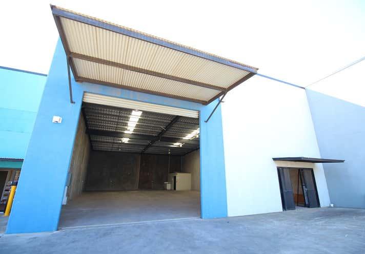 8/207-217 McDougall Street Wilsonton QLD 4350 - Image 1
