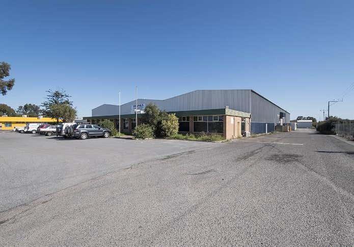 124 Cavan Road Dry Creek SA 5094 - Image 2