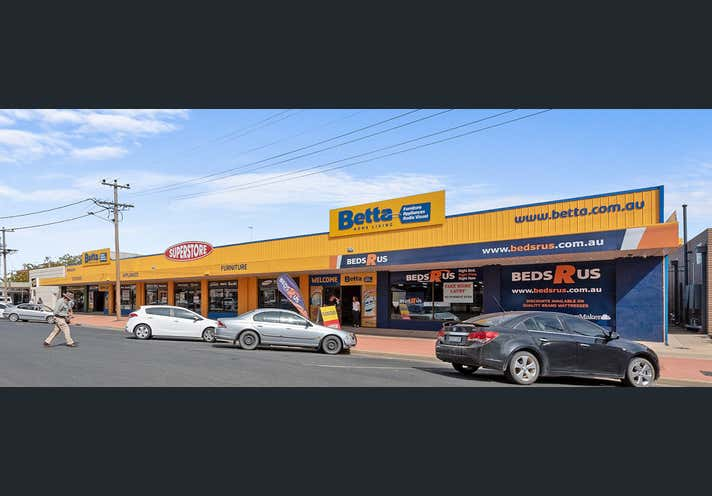 322-340 George Street Deniliquin NSW 2710 - Image 1