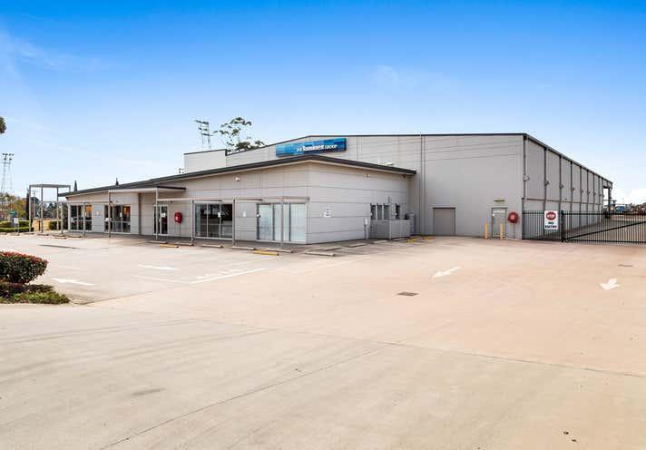169 Hursley Road Glenvale QLD 4350 - Image 2