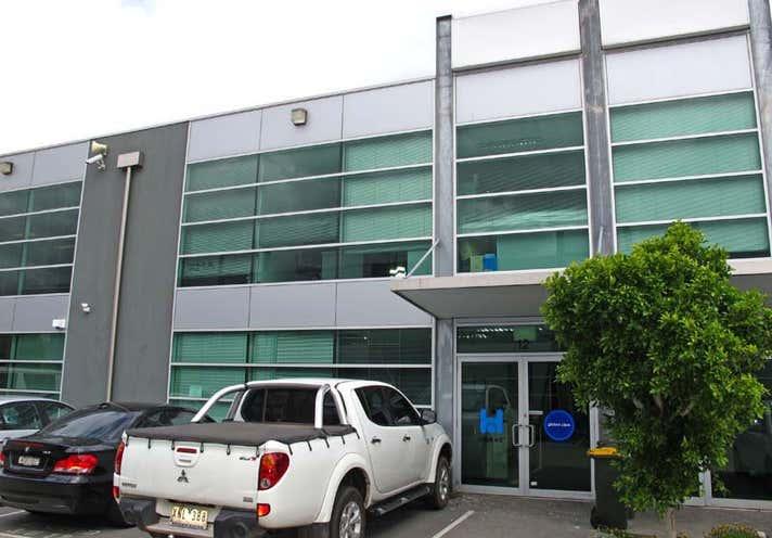 12/3 Westside Avenue Port Melbourne VIC 3207 - Image 1