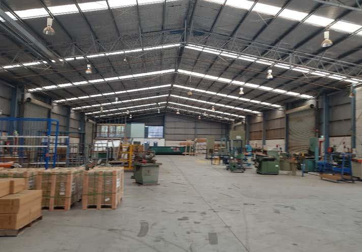 2-3 Ketch Close Ourimbah NSW 2258 - Image 1
