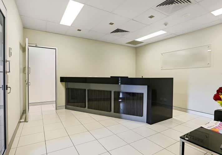 189 Cavendish Road Coorparoo QLD 4151 - Image 2