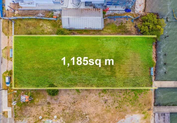 11 Byron St Bulimba QLD 4171 - Image 2