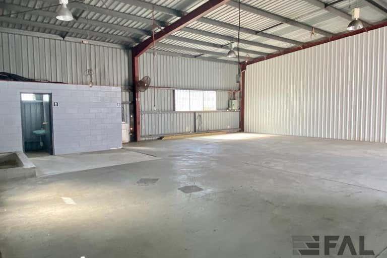 Unit  5B, 10 Jijaws Street Sumner QLD 4074 - Image 3