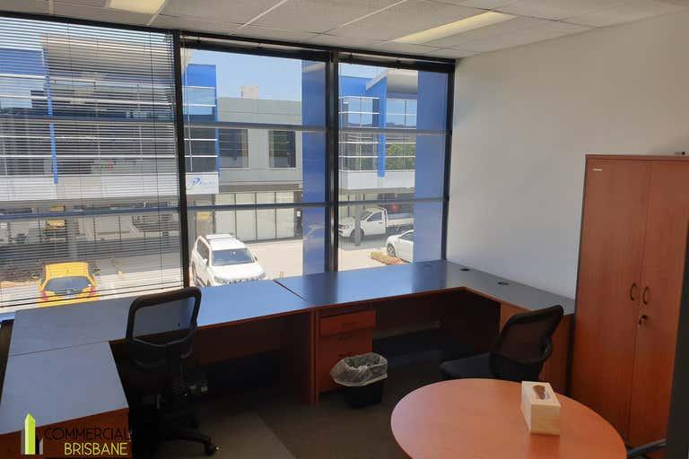 2/12 Navigator Place Hendra QLD 4011 - Image 4