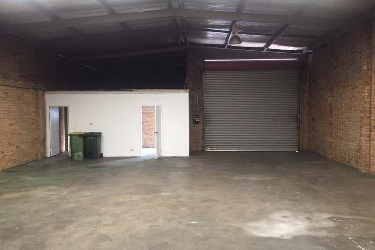 Unit 2, 156 Beechboro Road South Bayswater WA 6053 - Image 4