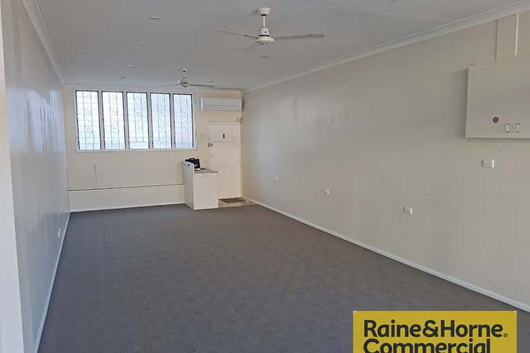 822 Gympie Road Chermside QLD 4032 - Image 2