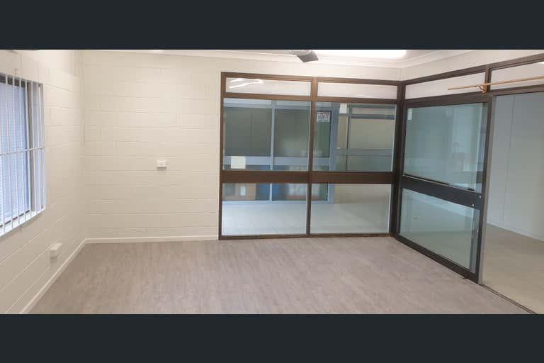 2/78-80 Bulcock Street Caloundra QLD 4551 - Image 4