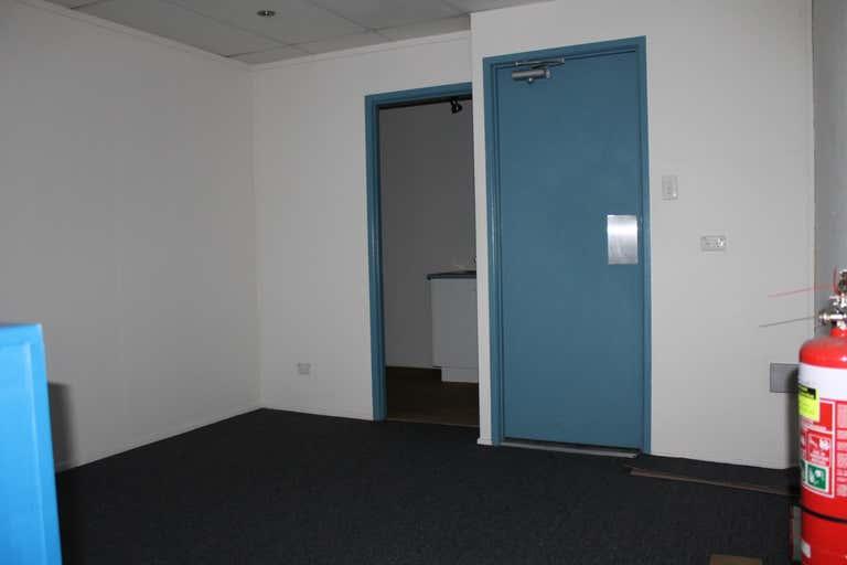 3/52 Aerodrome Road Caboolture QLD 4510 - Image 4