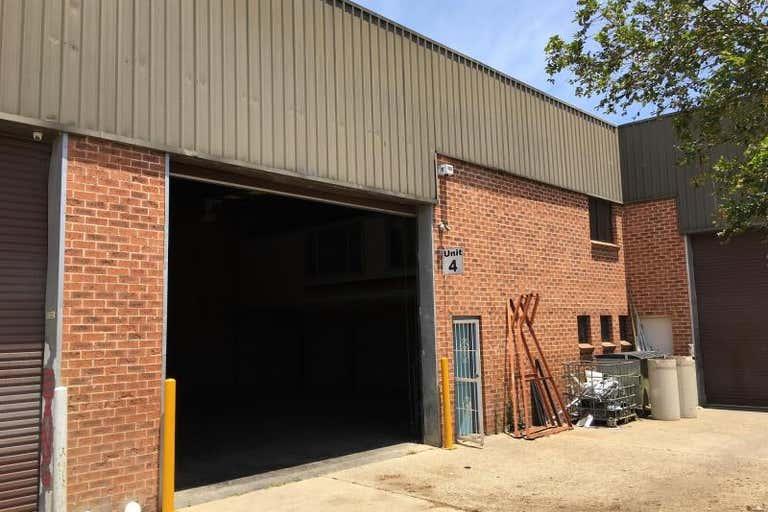 Unit 4, 64 Riverside Road Chipping Norton NSW 2170 - Image 1