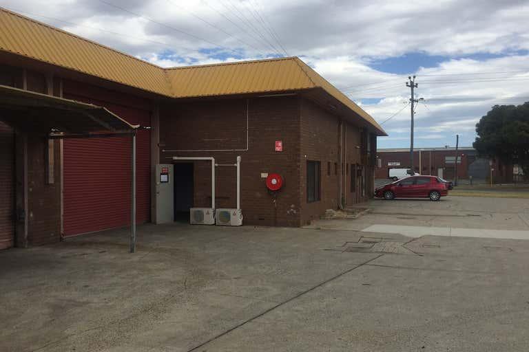 Unit 2, 156 Beechboro Road South Bayswater WA 6053 - Image 2