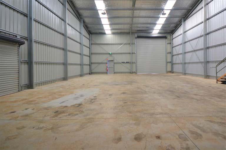 Yarra Lane Industrial Park, Shed 2, 5-7 Yarra Lane Rockville QLD 4350 - Image 3
