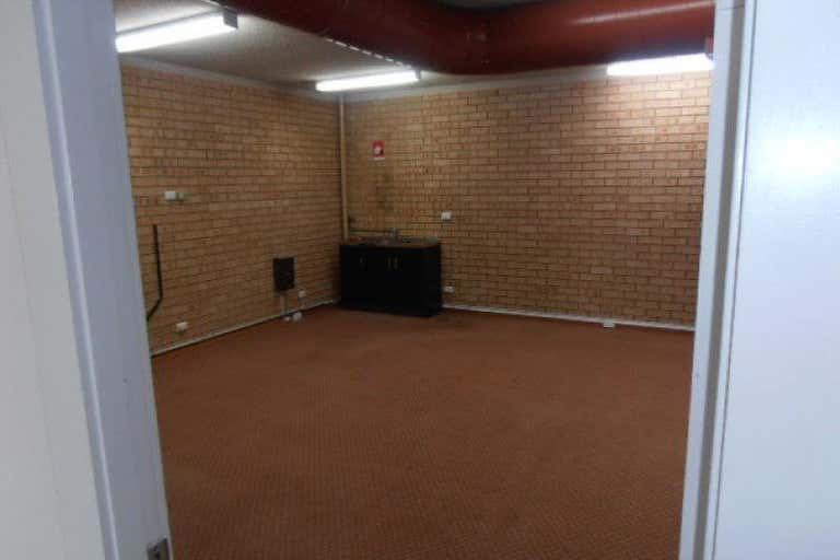 Ground  Shop 1, 215 Albany Street North Gosford NSW 2250 - Image 3