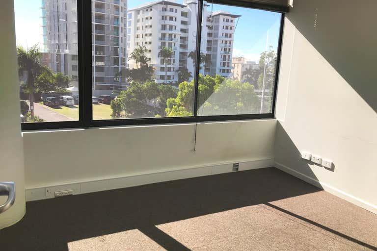 Suite 4/15/2-4 Ocean Street Maroochydore QLD 4558 - Image 4