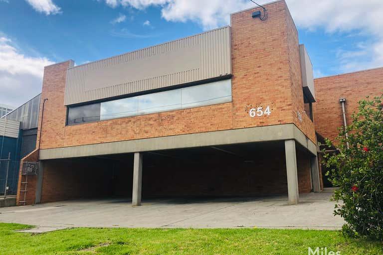1/654 Waterdale Road Heidelberg West VIC 3081 - Image 1