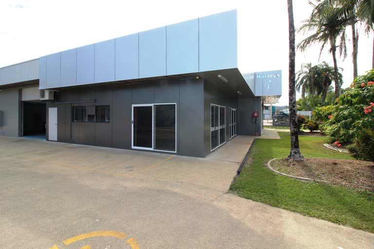 2/149-153 English Street Manunda QLD 4870 - Image 4