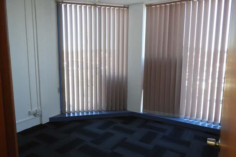 Level 1, 6 Beverley Avenue Warilla NSW 2528 - Image 4
