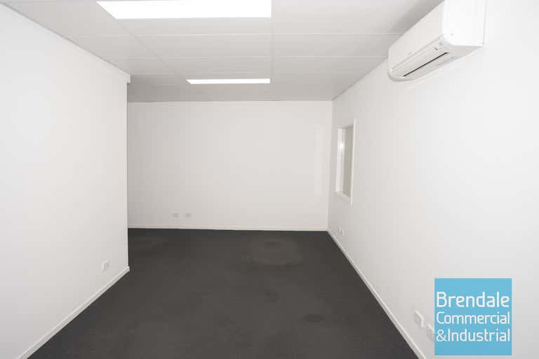 Unit 8, 262 Leitchs Rd Brendale QLD 4500 - Image 3