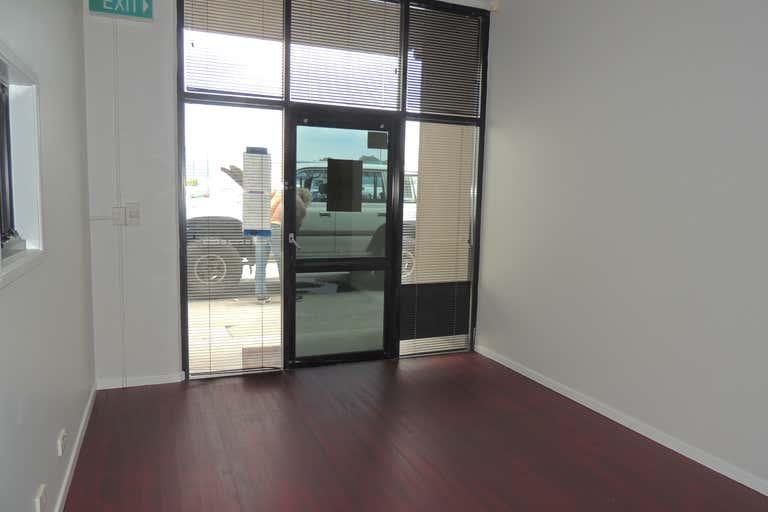 12/8 Hopper Avenue Ormeau QLD 4208 - Image 2