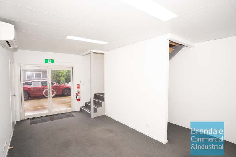 Unit 8, 262 Leitchs Rd Brendale QLD 4500 - Image 4