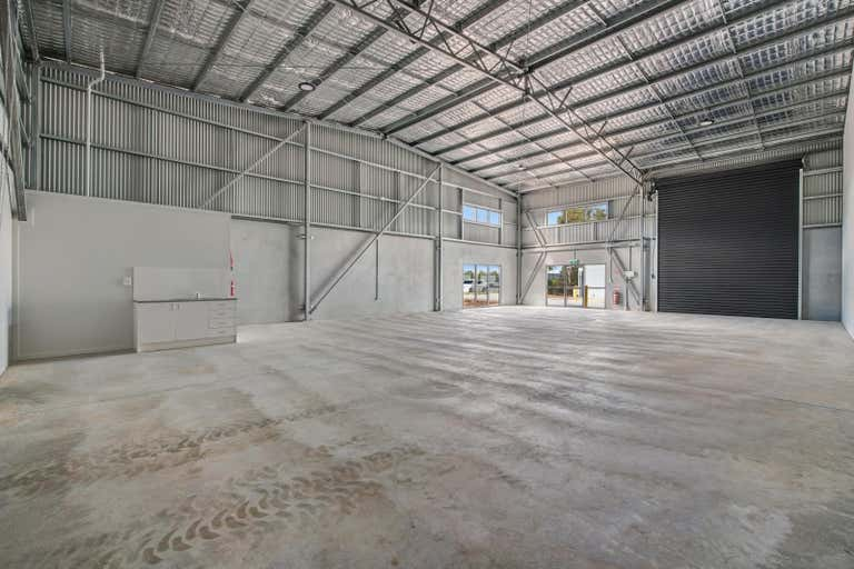 25 Spifire Place Rutherford NSW 2320 - Image 2