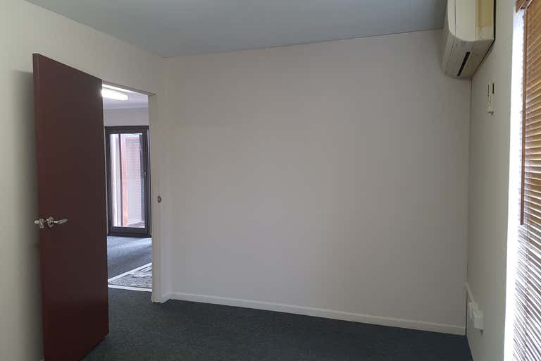 First Floor, 325 Sheridan Street Cairns North QLD 4870 - Image 4