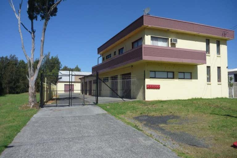2/9 Mineral Road Oak Flats NSW 2529 - Image 1