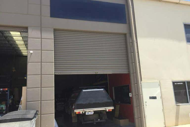 Unit  15, 11 Lorn Road Queanbeyan West NSW 2620 - Image 2