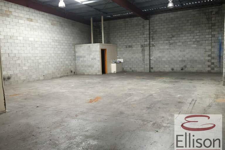 2/18 Tolmer Place Springwood QLD 4127 - Image 3