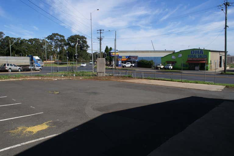178 Anzac Avenue Harristown QLD 4350 - Image 4