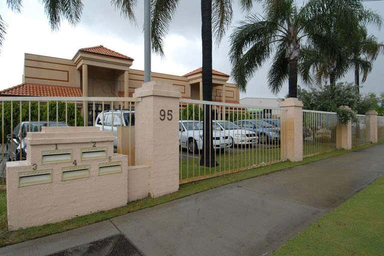 2/95 Bannister Road Canning Vale WA 6155 - Image 3