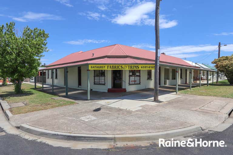 82-84a Piper Street Bathurst NSW 2795 - Image 1