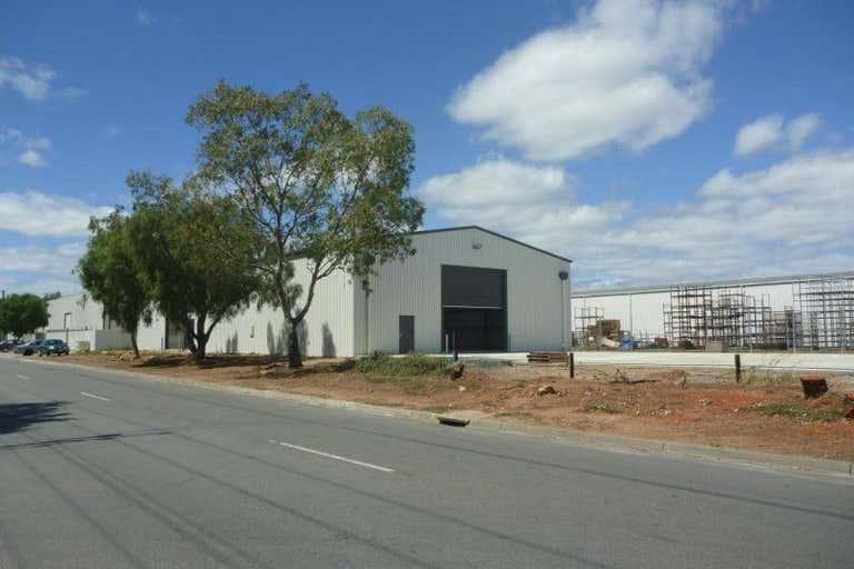 92 South Terrace Wingfield SA 5013 - Image 3