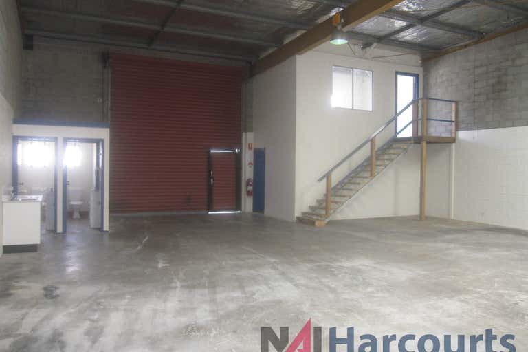 4/12 Ereton Drive Arundel QLD 4214 - Image 4