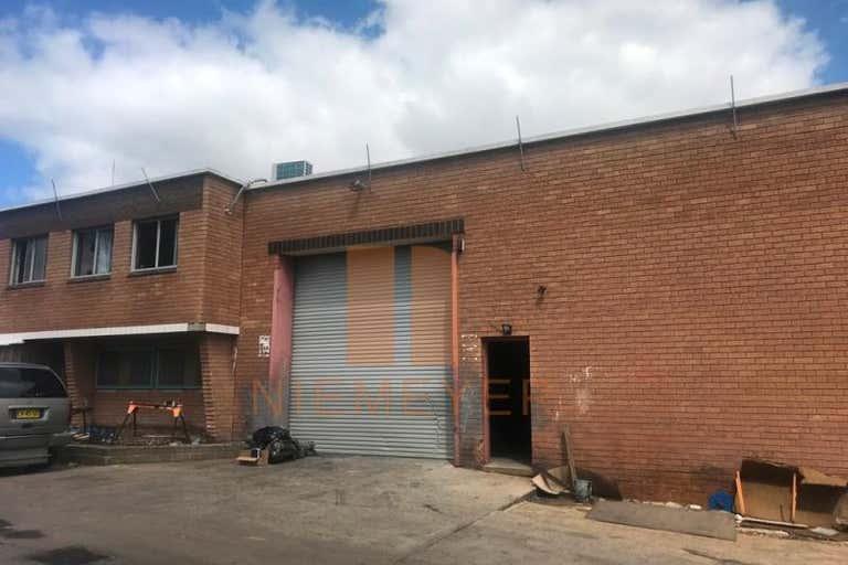 17 Powdrill Road Prestons NSW 2170 - Image 4