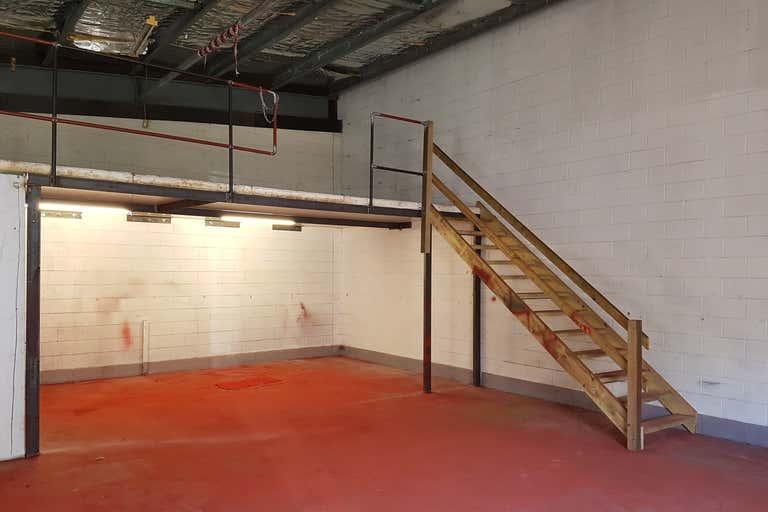 8/136 Aumuller Street Bungalow QLD 4870 - Image 3