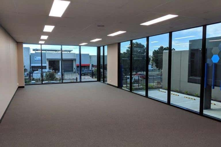 2/55 Chelmsford St Williamstown VIC 3016 - Image 4