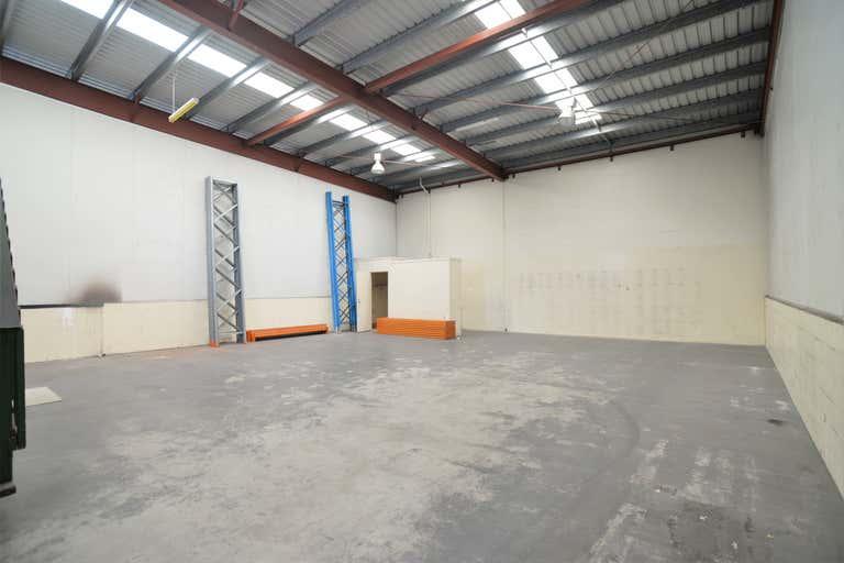 Unit 2/14-16 Loganlea Road Waterford West QLD 4133 - Image 4