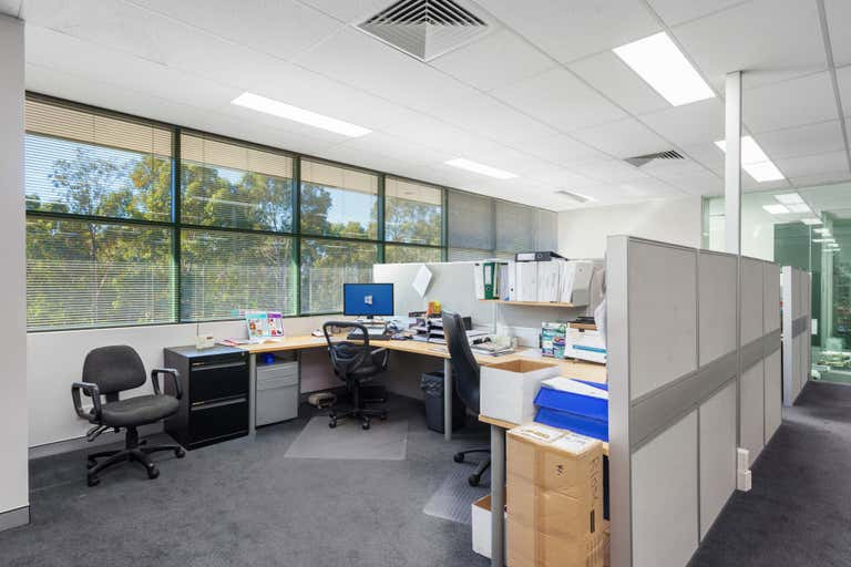 8/5-7 Meridian Place Bella Vista NSW 2153 - Image 3