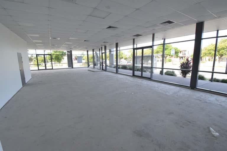 347 Christine Ave Varsity Lakes QLD 4227 - Image 4