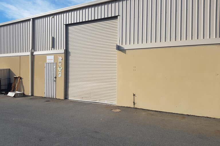 Unit 11, 17 Mosey Street Landsdale WA 6065 - Image 2