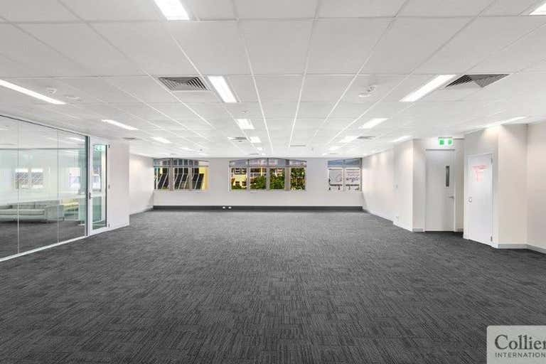 Suite 1 / Level 1, 76 Lake Street Cairns City QLD 4870 - Image 4