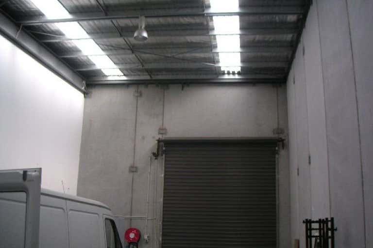 6 Westside Avenue Port Melbourne VIC 3207 - Image 2