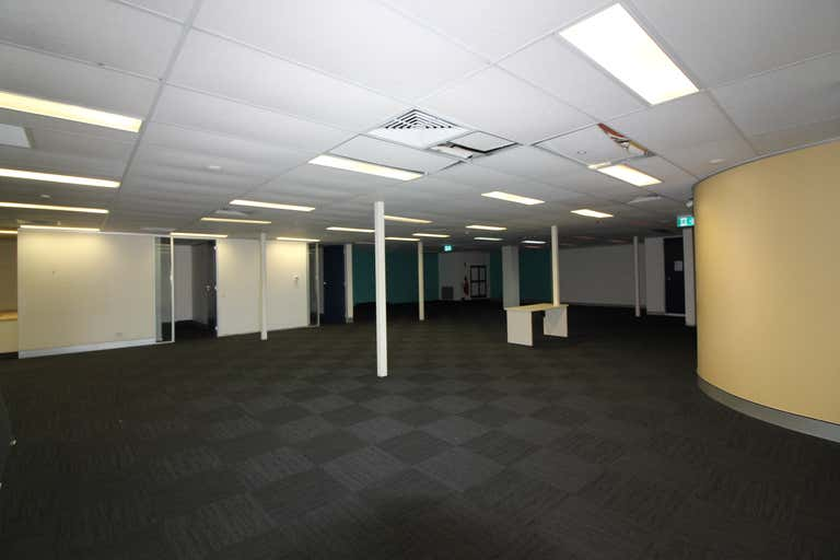 Suite 5, 119 Camooweal Street Mount Isa QLD 4825 - Image 4