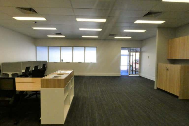 (L) Shop 2, 143 Horton Street Port Macquarie NSW 2444 - Image 4