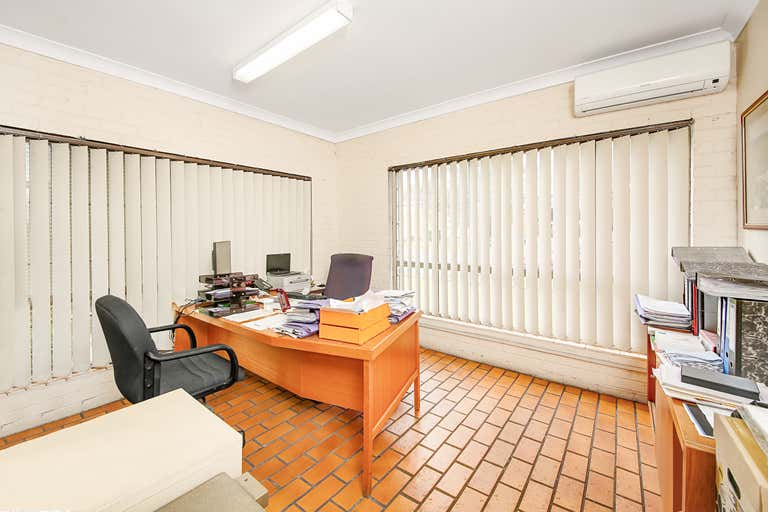 2/12 Foundry Road Seven Hills NSW 2147 - Image 3